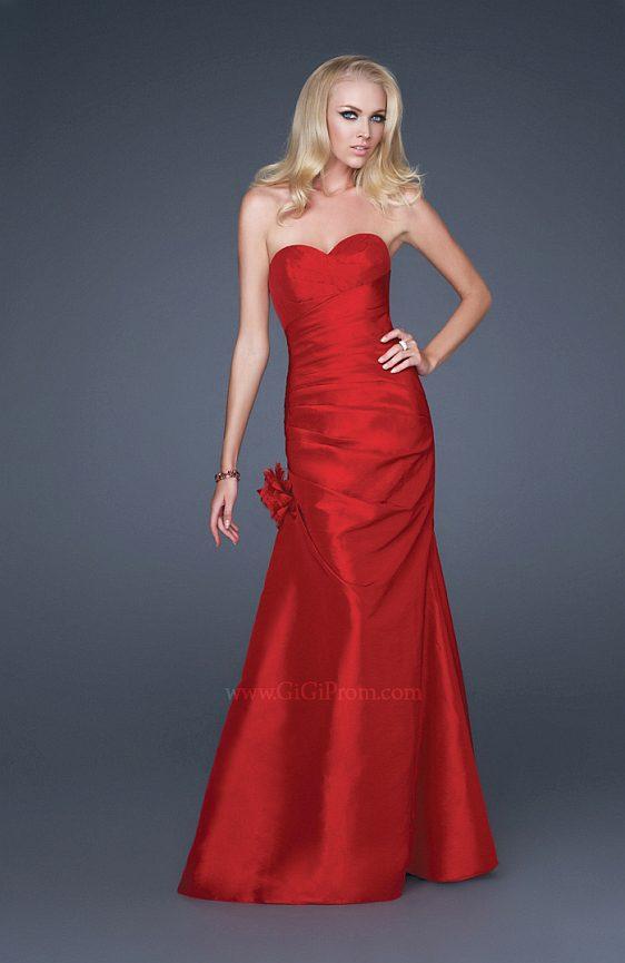 Spoločenské šaty La Femme 16344 fialová farba výpredaj