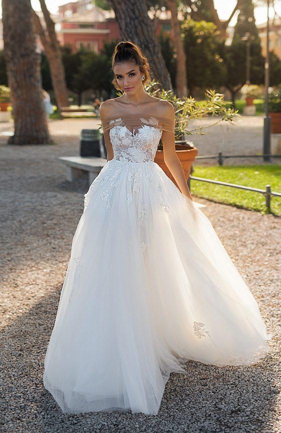Svadobné šaty s čipkované princeznovské
