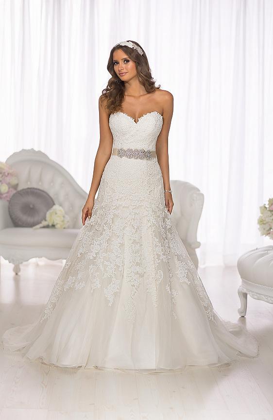Svadobné šaty Essense of Australia D1679 Wedding Gallery svadobný salón Bratislava