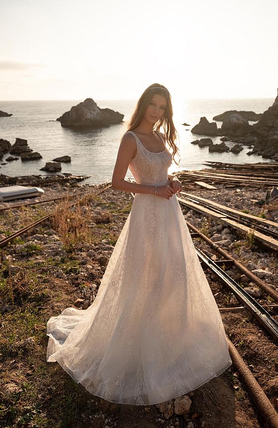 Svadobné šaty čipkované svadobný salón Wedding Gallery - požičovňa a predaj
